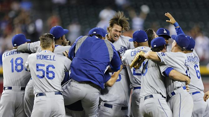 In: Dodgers, Red Sox clinch playoff spots