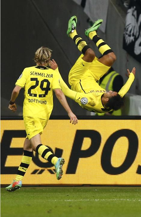 Borussia Dortmund's Aubameyang celebrates his goal against Eintracht Frankfurt during their German soccer cup (DFB Pokal) quarter-final soccer match in Frankfurt