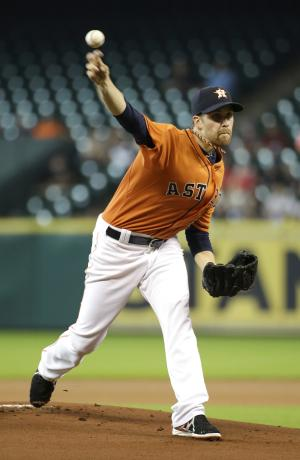 Petit's homer leads Astros over Blue Jays, 3-1