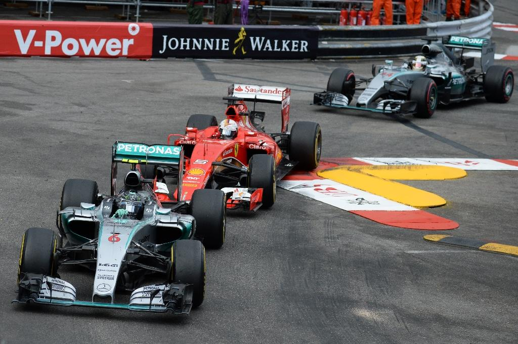 Rosberg revels in hat-trick after Hamilton pit stop howler