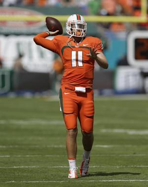 Miami QB Williams injures right ACL
