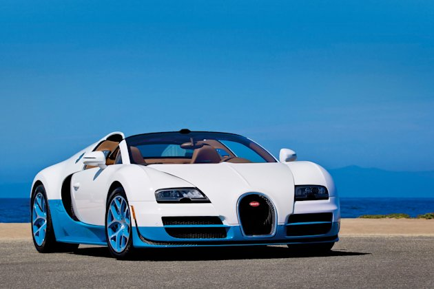bugatti reveals one off veyron grand sport vitesse worth a cool 2m yahoo. Black Bedroom Furniture Sets. Home Design Ideas