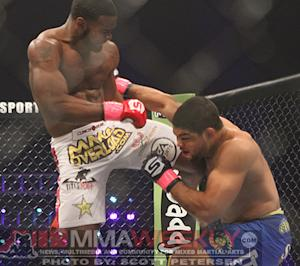 Tyron Woodley Replaces Injured Hector Lombard at UFC Fight Night: Bisping vs. Le