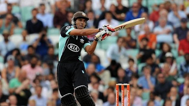 Vikram Solanki top-scored with 38 for Surrey
