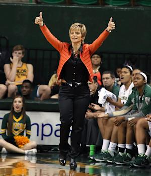 No. 9 Baylor women beat Houston Baptist 100-57