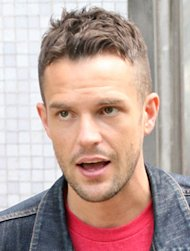 Brandon Flowers in agony after shoulder surgery