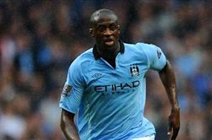 Yaya Toure signs new four-year contract with Manchester City
