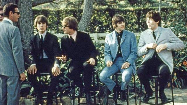 Never-before-seen color photos of the Beatles