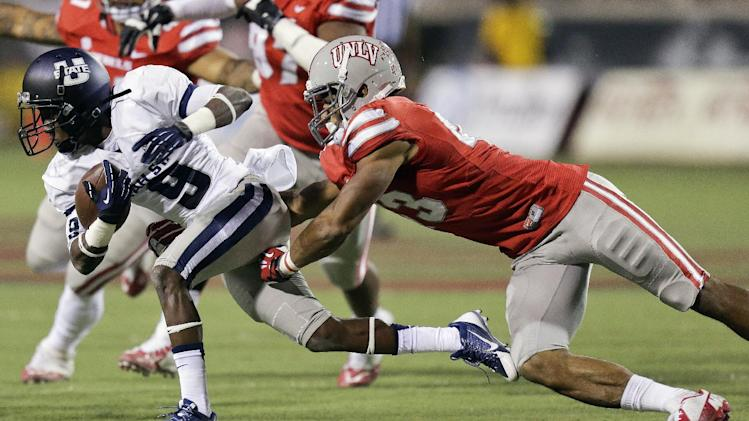 Utah St. slips by UNLV with 28-24 win
