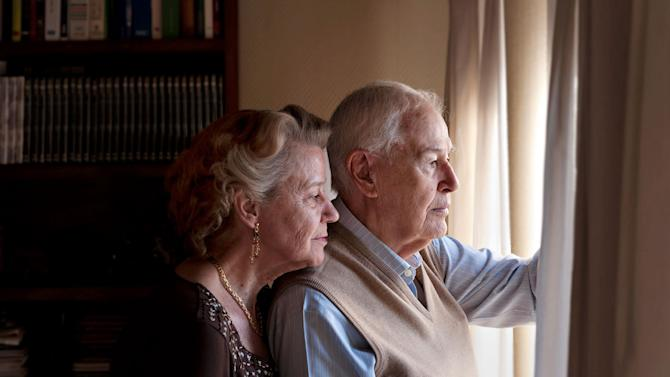 The Debt That's Robbing Seniors of Their Social Security