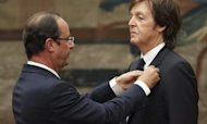 McCartney Given France&#39;s Highest Award