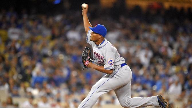 New York Mets relief pitcher Jeurys Familia throws to the plate during the ninth inning of a baseball game against the Los Angeles Dodgers, Friday, July 3, 2015, in Los Angeles. (AP Photo/Mark J. Terrill)