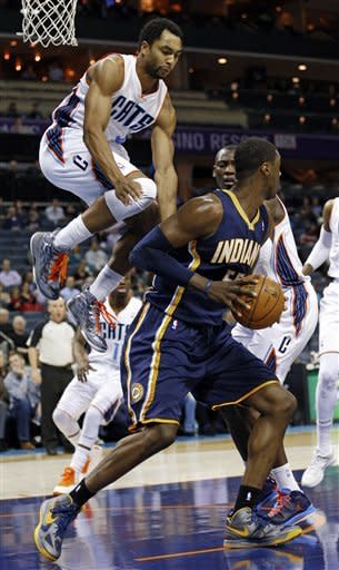 Pacers dominate Bobcats inside, win 103-76
