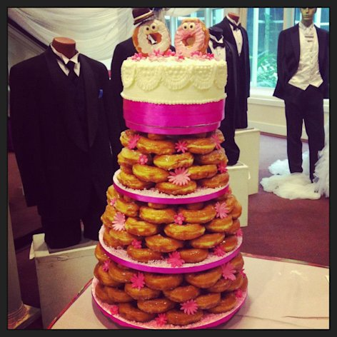 Doughnut wedding cake ideas weddingbee and omgosh this is so cute junglespirit Choice Image