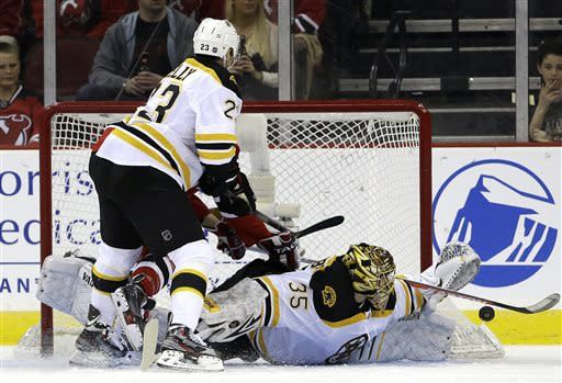 Bruins extend NJ woes,  regain 1st in Northeast