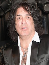 Paul Stanley mourns loss of mother