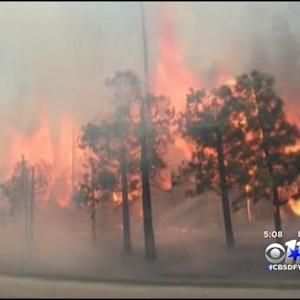 Texas Firefighters Battle California Wildfire