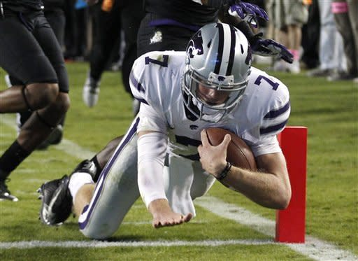 No. 3 K-State bolsters title shot, 23-10 at TCU