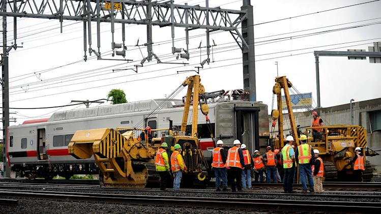 Weeklong traffic mess possible after CT derailment