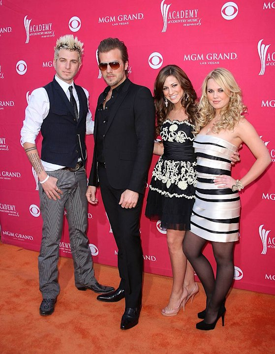 Gloriana ACM Aw
