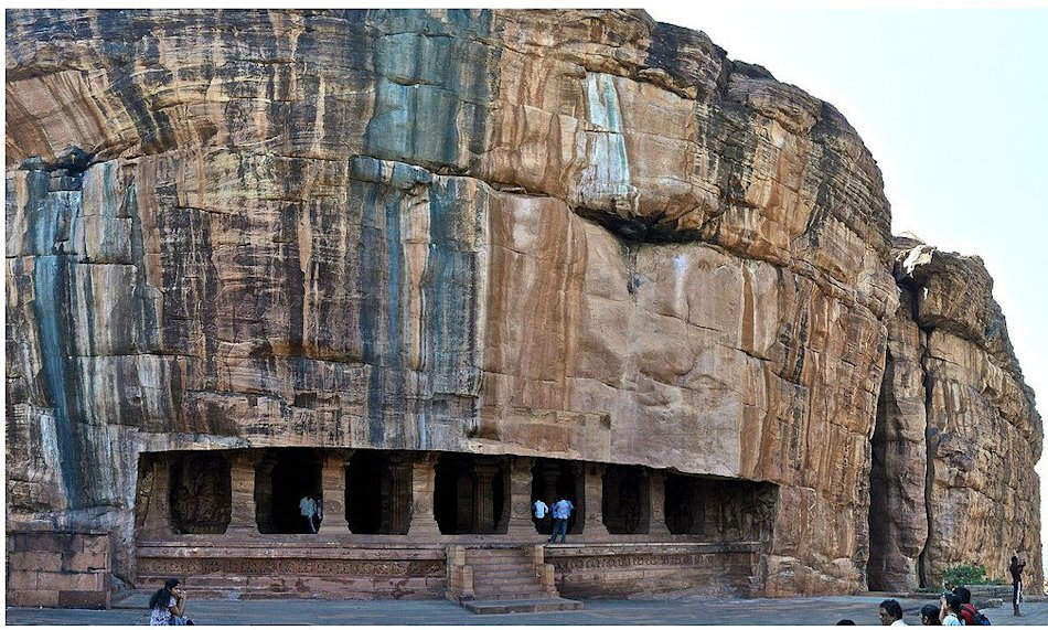 The rock-cut cave temples of Badami in northern Karnataka date back to the days of the Chalukya dynasty, which ruled the region from the 6th to 8th centuries. The architecture is a blend of the north Indian Nagara style and the south Indian Dravidian style.  Photo by Sivaraj Mathi  Have you shot photos of temples that are not in this slideshow? Add your photos to this slideshow!