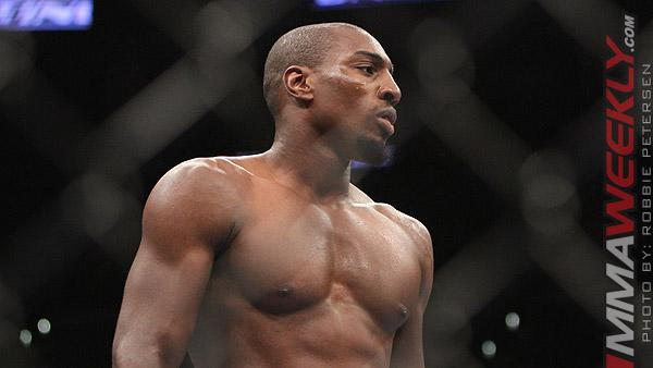 UFC 159 Results: Phil Davis Outworks Vinny Magalhaes On the Feet