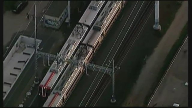Al menos 60 heridos tras un choque de trenes en Connecticut