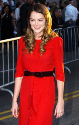 Premiere: Jacinda Barrett at the Hollywood premiere of Touchstone Pictures' Ladder 49 - 9/20/2004