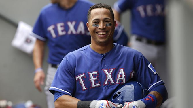 Martin, Rangers rough up Hernandez, Mariners 12-4