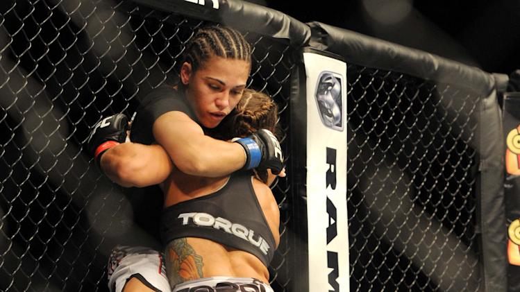 MMA: UFC on FOX 8-Carmouche-Andrade