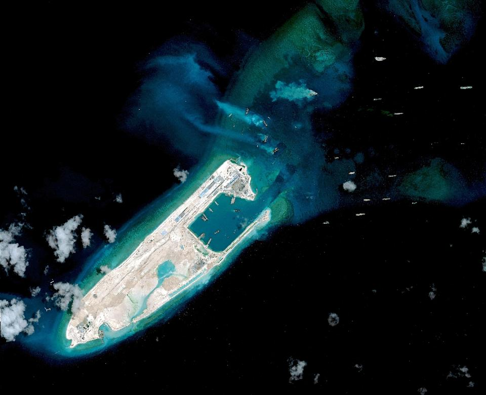 Part-HKG-Hkg10172488-1-1-0 - US warship sails near islands claimed by China: official - Talk of the Town