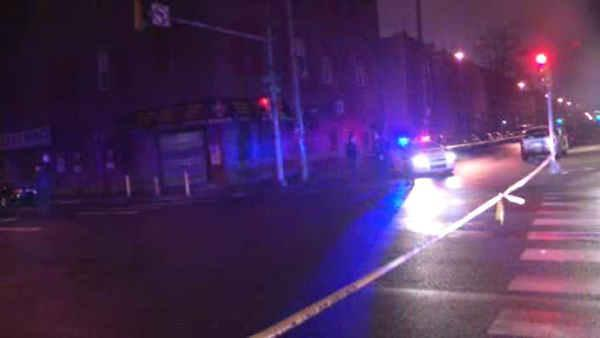Driver spots a body on North Philly street