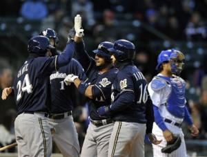 Gonzalez powers Brewers past Cubs 7-4