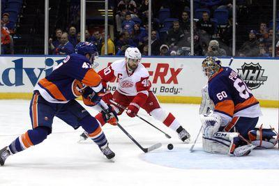 NHL Friday: Red Wings look for offensive boost against Islanders