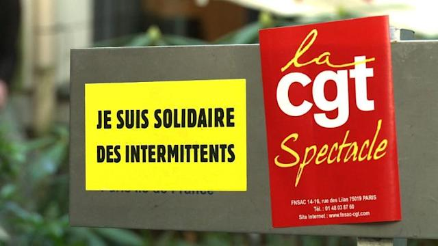 Des intermittents occupent la CGPME Ile-de-France à Paris