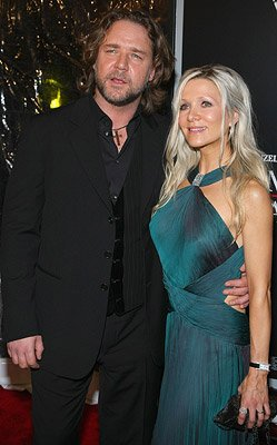 Russell Crowe and Danielle Spencer at the New York City premiere of Universal Pictures' American Gangster