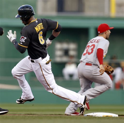 Burnett flirts with no-no, Bucs beat Cardinals 5-0
