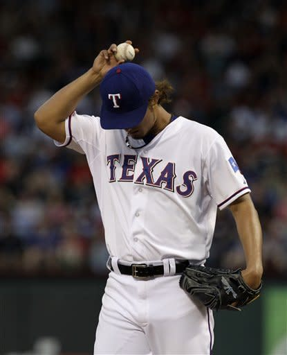 Darvish strikes out 10, Rangers beats Yankees 2-0