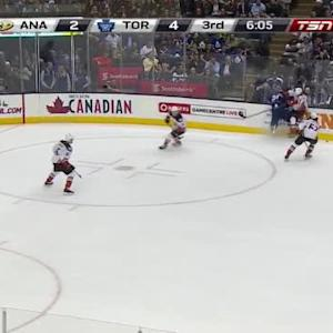 Ryan Kesler Hit on Mike Santorelli (13:57/3rd)