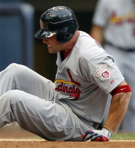 K-Rod earns save as Brewers beat Cardinals 3-2