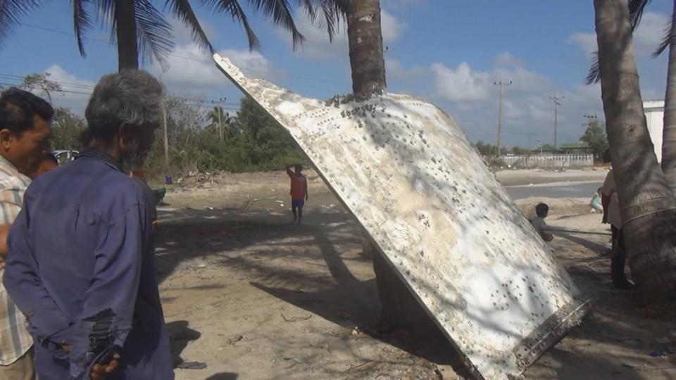 Large Metal 'Chunk' a Clue to Malaysian Flight 370?