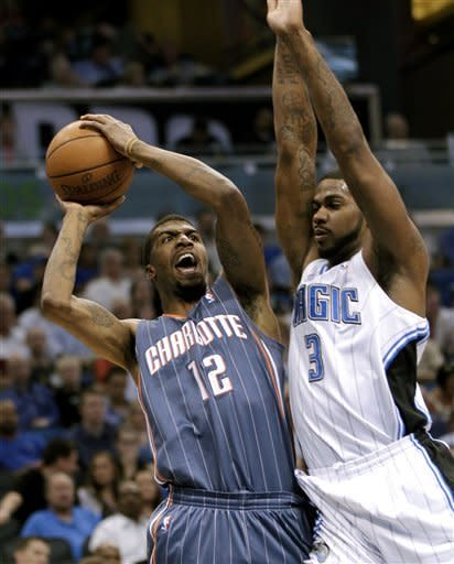 Redick, Magic shoot way past Bobcats 102-95