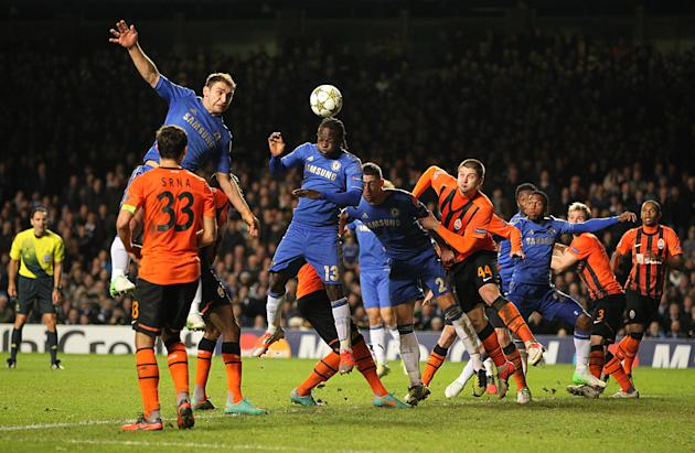 Victor Moses' header gave Chelsea a 3-2 win over Shakhtar