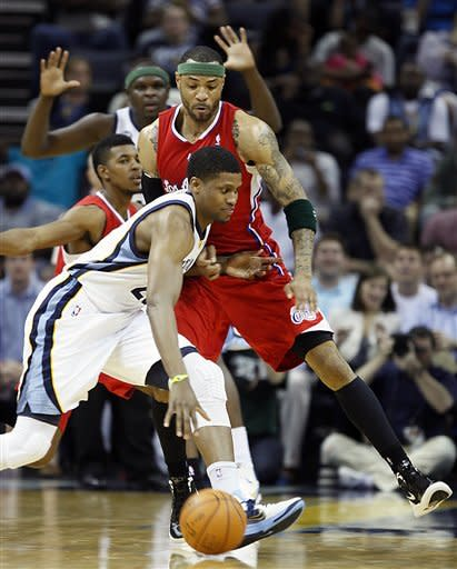 Gasol, Gay lead Grizzlies past Clippers