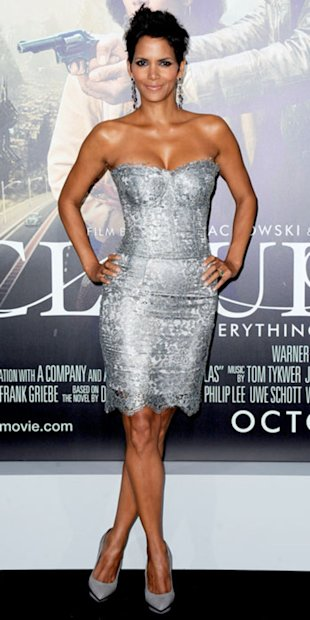 Halle Berry sizzled on the Cloud Atlas red carpet in a silver Dolce and Gabbana mini