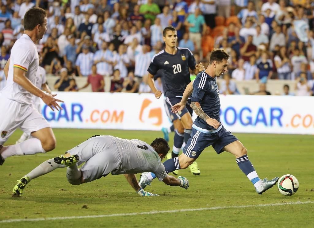 Messi, Aguero at the double in Bolivia rout