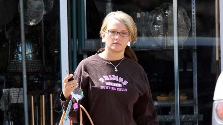 Jamie Lynn Spears Shopping