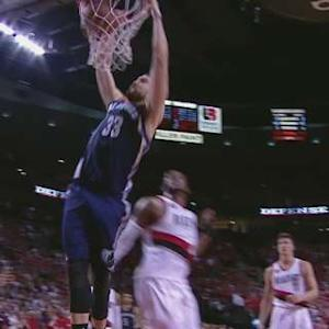 Gasol Slams It Home