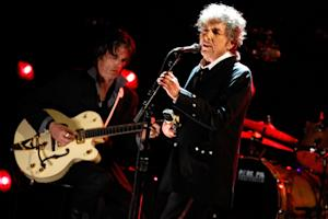 Bob Dylan Receives French Legion of Honor