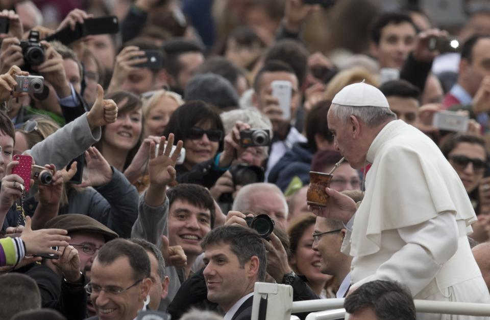 Pope talks poverty, eyes finance branch overhaul